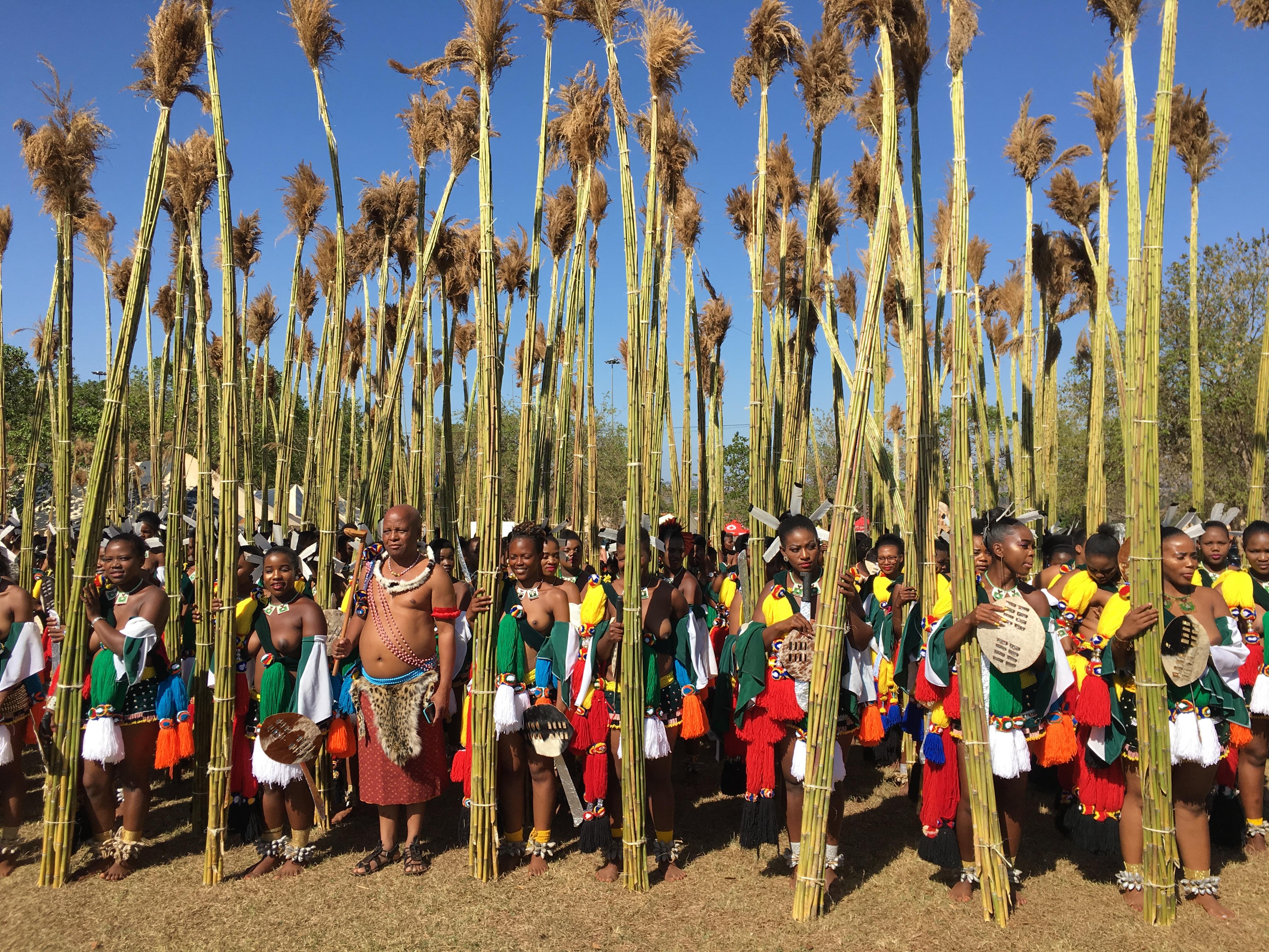 Umhlanga Eswatini 2020 – der Reed Dance – ein Event wie aus einer anderen Zeit