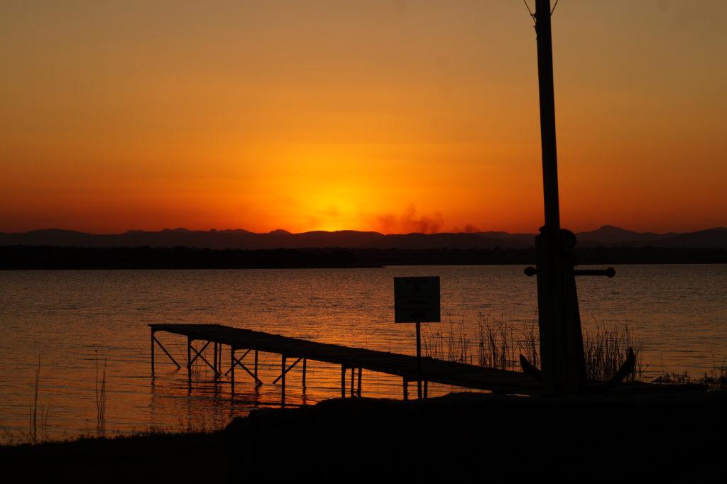 Sonnenuntergang-Sunset-Sand-River-Dam-Eswatini