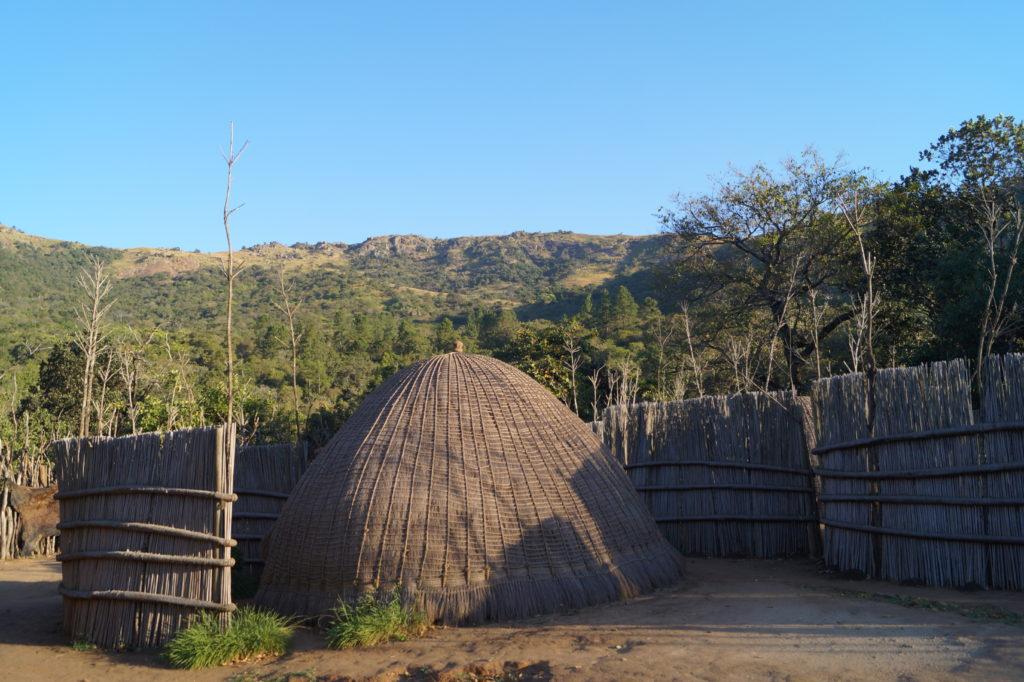 Traditionelle Bienenstockhütte