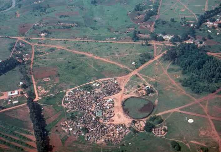 Luftaufnahme Royal Residenz in den 70-ern, Wohnort der Königinmutter Ntombi
